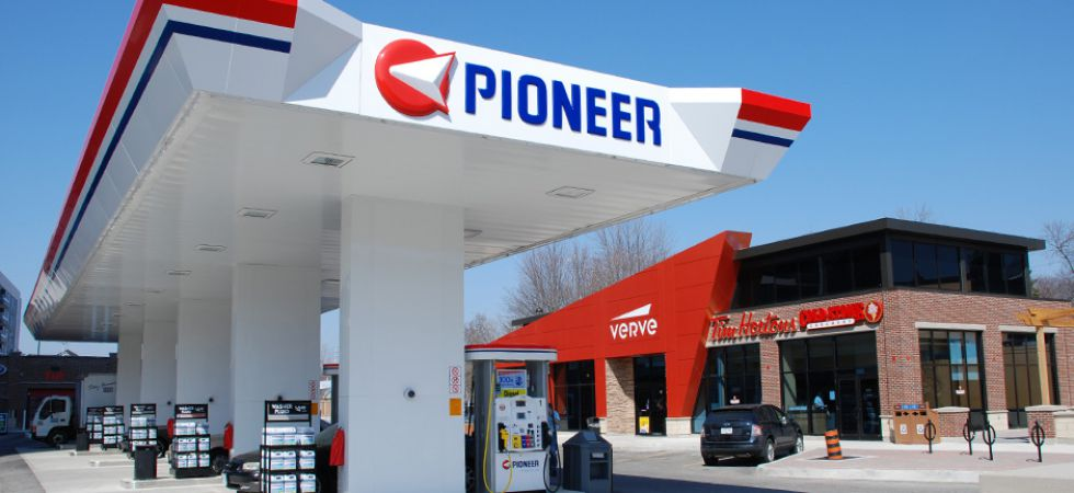 Pioneer/Verve Gas Station