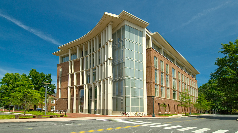 ALPOLIC ACM Enhances Sustainability at University of Virginia
