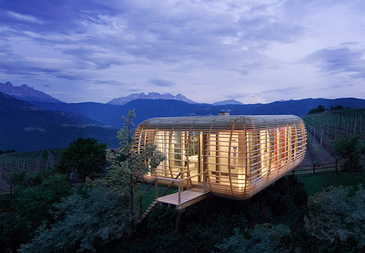 Handcrafted Architecture Makes Minimal Environmental Footprint