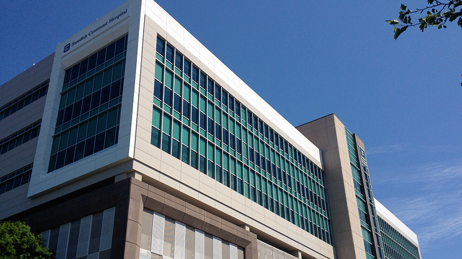 ALPOLIC ACM Panels Revitalize Chicago Hospital