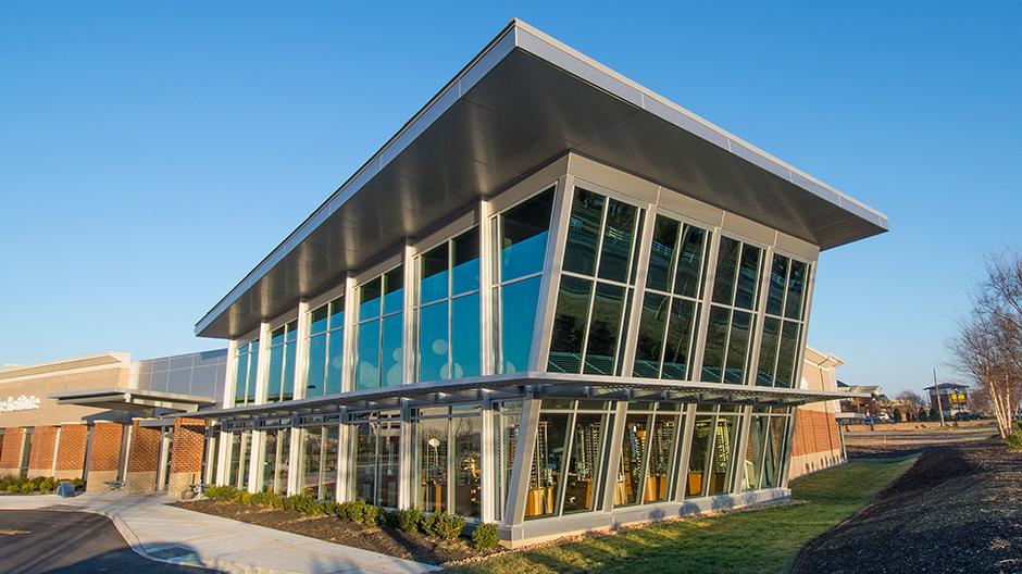 ALPOLIC ACM Panels Accent Virginia Eye Institute