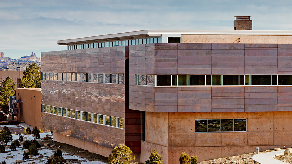 Copper Panels Bring Beauty to New Mexico