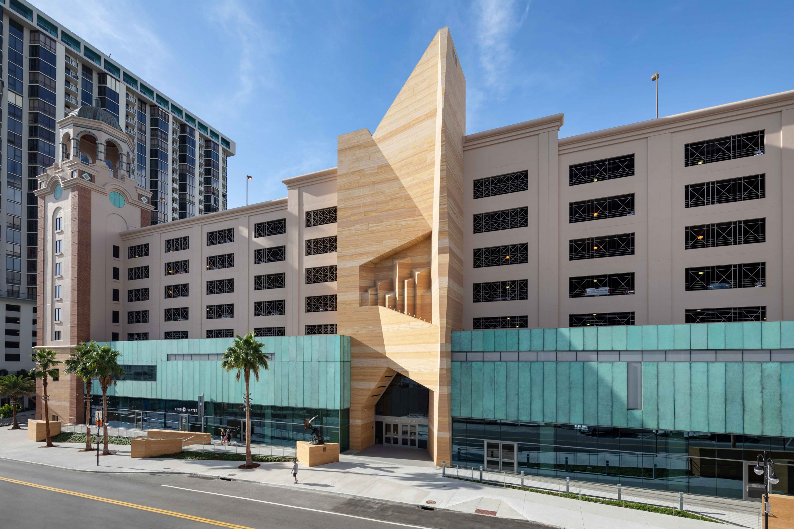 Five Tips for Specifying Metal Composite Material